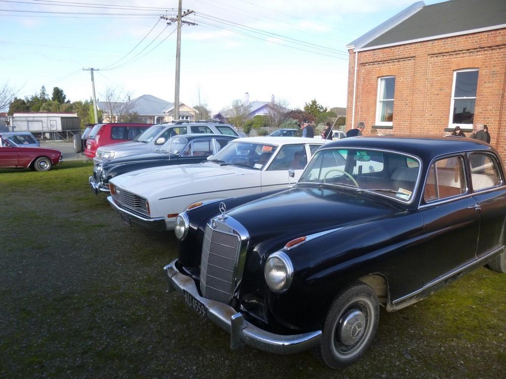 1958 MERCEDES-BENZ 219
