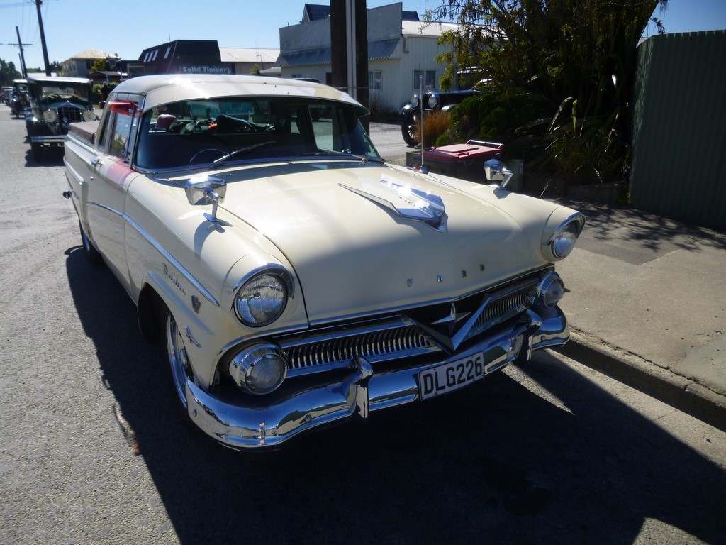 1958 FORD MAINLINE