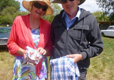 Prize Pinny recipients, Lynette and Barry Smith