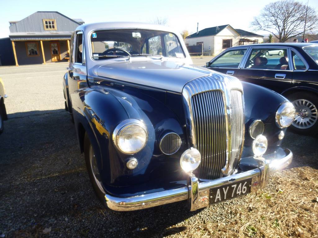 Charlie Cook's 1957 Daimler Conquest Century Mk2