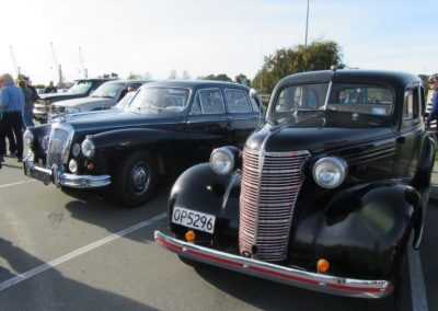 John Foster's Daimler Majestic Major and Clive Merry's Chevrolet