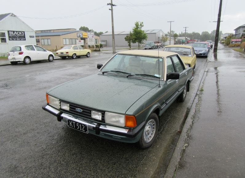 1982 Ford Cortina V6 Ghia